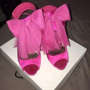 Pink bow high heels